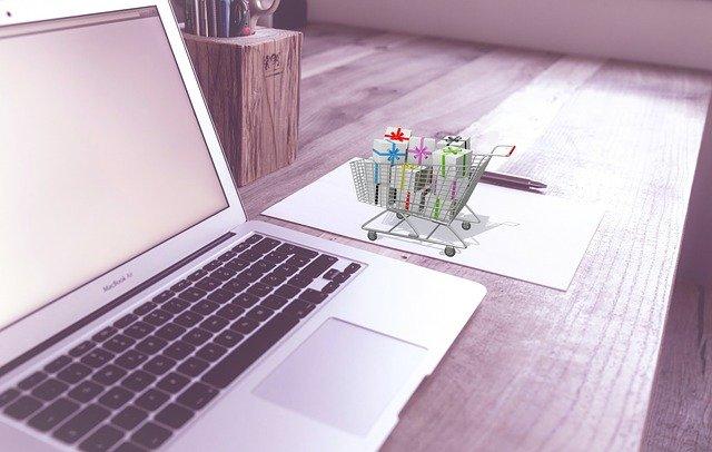 Como ganhar dinheiro vendendo coisas simples